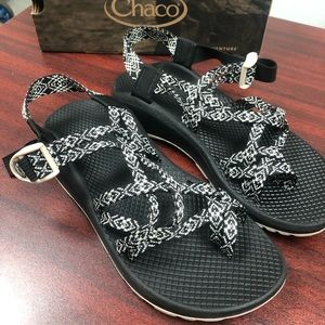 Chaco z cloud X2 Womens Size 8